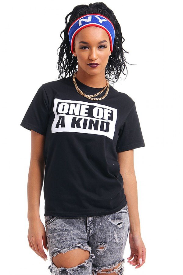 Svart T-Shirt Med Tryck - One Of A Kind