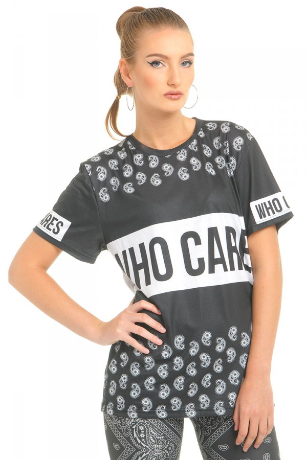 Oversize T-Shirt Med Mönster - Who Cares Paisley