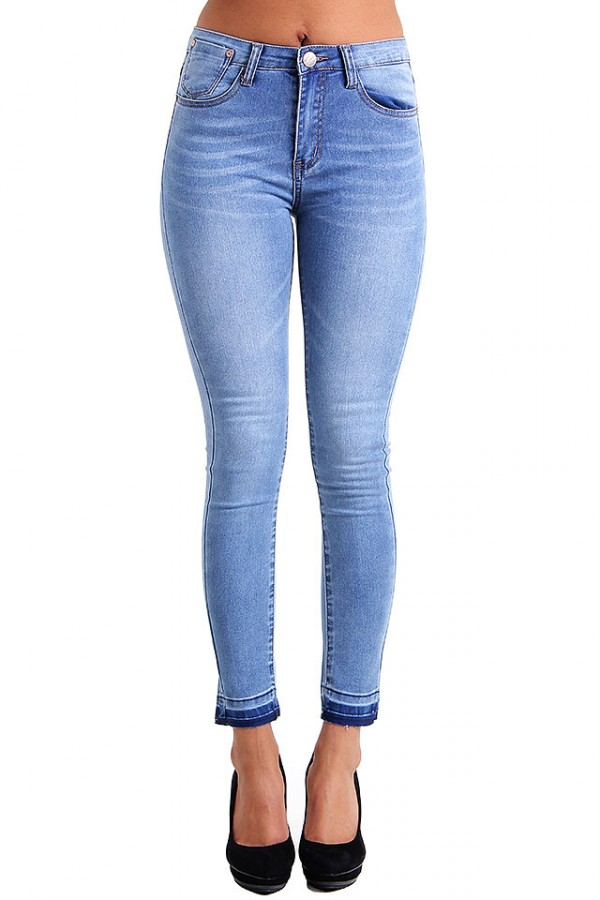 Tajta Högmidjade Jeans - Light Blue