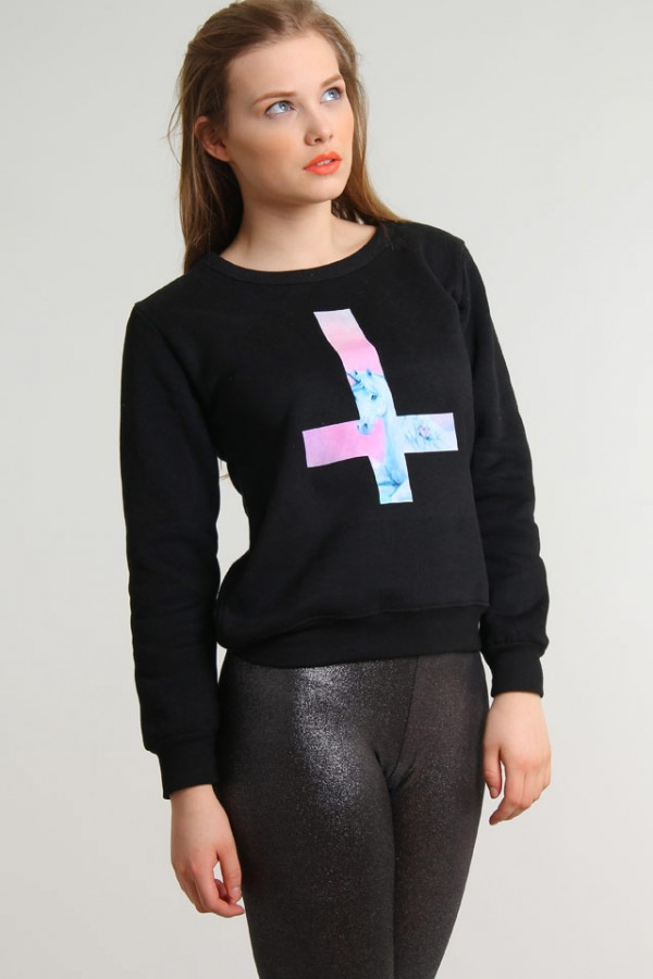 Svart Unicorn Sweatshirt - Cross