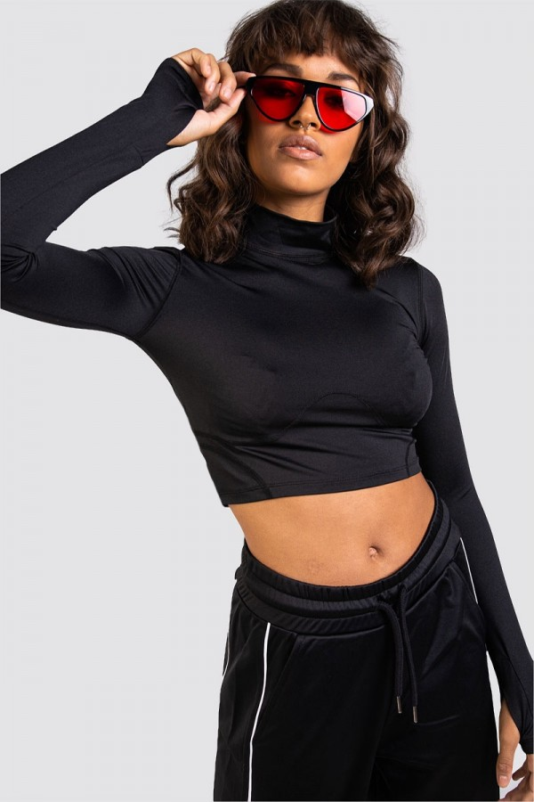 Black seam turtleneck crop top - REC D-01