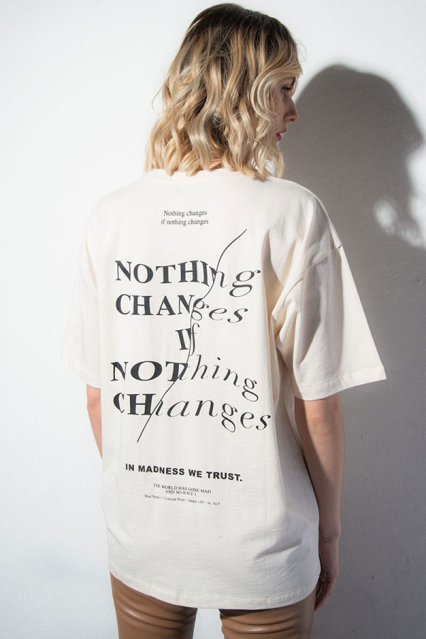 Oversize T-shirt - Nothing Changes Off White