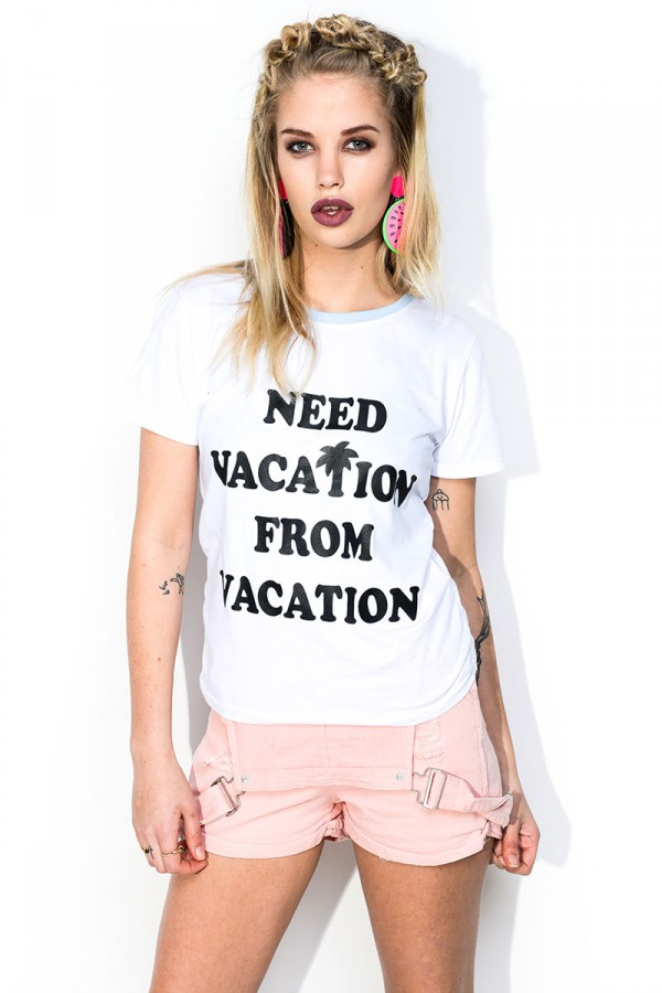 Vit T-shirt - Need Vacation